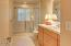 196 SE Larch St, Newport, OR 97365 - 2nd Bath