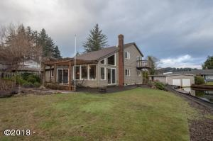 2877 NE Loop Dr, Otis, OR 97368 - Exterior & Backyard