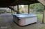 658 NE 20th Pl, Newport, OR 97365 - Hot Tub & Patio