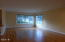 658 NE 20th Pl, Newport, OR 97365 - Living Room