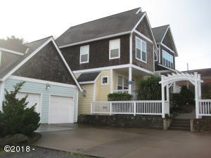 707 NW High St, Newport, OR 97365 - Suarez 2 001