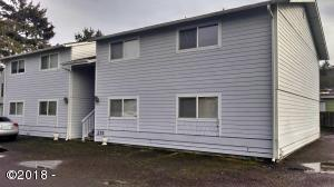 215 SW Maple St, 1,2,3 &4, Waldport, OR 97394 - 215 Maple Front