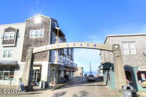 325 NW Coast St, H, Newport, OR 97365 - Nye Beach Arch