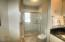 325 NW Coast St, H, Newport, OR 97365 - Masterbath2