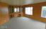 3443 NE Coos St, Newport, OR 97365 - Living room