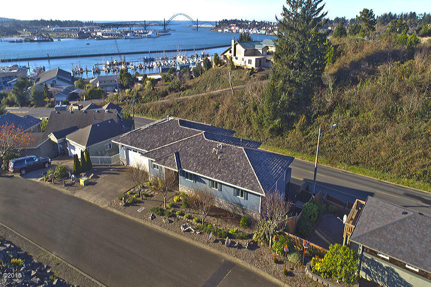 425 SE Scenic Loop, Newport, OR 97365 - Aerial from northeast
