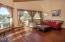 410 SE Grant St, Newport, OR 97365 - Living Room - View 3 (1280x850)