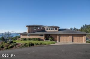 410 SE Grant St, Newport, OR 97365