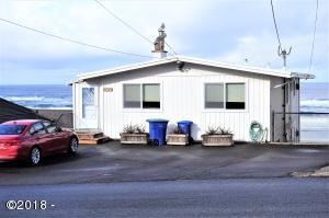 3549 NW Jetty Ave, Lincoln City, OR 97367 - Ocean front twin home