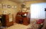 2308 NE 36th Dr, Lincoln City, OR 97367 - Guest room