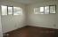 24 SW Lee St, Newport, OR 97365 - Bedroom