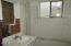 24 SW Lee St, Newport, OR 97365 - Bathroom