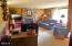 1902 SE Emerald Ct, Toledo, OR 97391 - Living Room