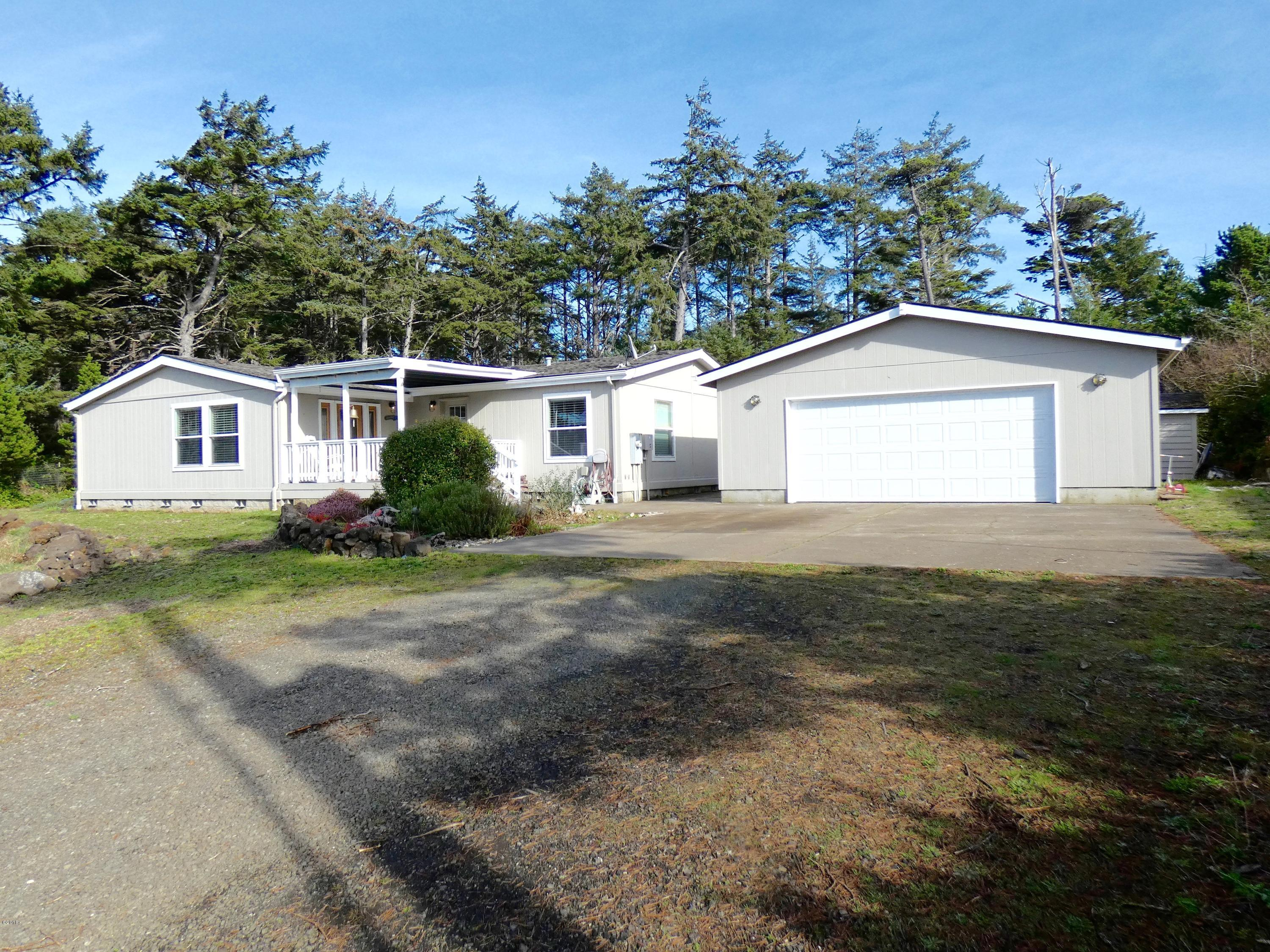 11985 NW Mallard St, Seal Rock, OR 97376 - The Approach