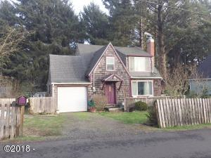 1934 SW Coast Ave, Lincoln City, OR 97367 - Exterior front