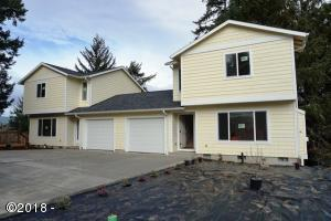 2280 NE Surf Avenue, Lincoln City, OR 97367 - Exterior Both Units
