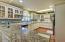 150 SW 61st St, Newport, OR 97366 - Kitchen