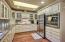 150 SW 61st St, Newport, OR 97366 - Custom kitchen