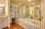 150 SW 61st St, Newport, OR 97366 - Master suite bath