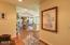150 SW 61st St, Newport, OR 97366 - Entry way