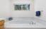 32280 Cape Kiwanda Drive, Pacific City, OR 97135 - Master Bath Soaking Tub