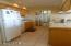5201 SW Hwy 101, 406, Lincoln City, OR 97367 - Kitchen includes all appliances