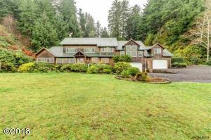 944 N Bayview Rd, Waldport, OR 97394 - 1
