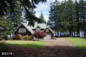 2092 NE West Devils Lake, Lincoln City, OR 97367 - Exterior of home