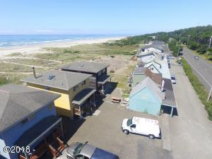 7160 SW Pacific Coast Hwy, Waldport, OR 97394