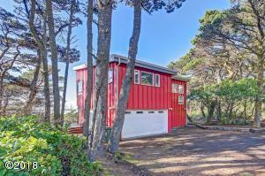 6770 SW Pacific Coast Hwy, Waldport, OR 97394 - Exterior View 1