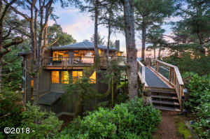 27 Dune Point Ln, Gleneden Beach, OR 97388 - Splendid Tree House