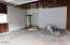 2325 NE Hays Ct, Yachats, OR 97498 - Garage