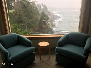 20 NW Sunset St A4-wk52, Depoe Bay, OR 97341 - Living room window view