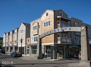 325 NW Coast Street, F, Newport, OR 97365 - Archway Place Condos - Corner Unit