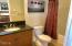 325 NW Coast Street, F, Newport, OR 97365 - Master bath 2