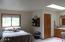 1320 S Fun River Dr, Lincoln City, OR 97367 - Bedroom