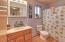 2151 NW Inlet Ave, Lincoln City, OR 97367 - Bathroom off family room