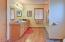 2151 NW Inlet Ave, Lincoln City, OR 97367 - Master bathroom