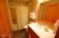 5999 Beachcomber Share G, Pacific City, OR 97135 - Bathroom
