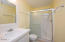 2742 SW Anchor Ave, Lincoln City, OR 97367 - 2nd Floor Main Bath