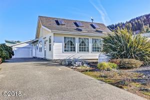 357 Marine Dr, Yachats, OR 97498 - Exterior