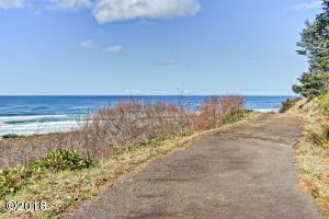 T/L 432 Tyee Ct, Neskowin, OR 97149 - Private Drive