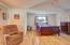 1445 NE Arcadia Dr, Toledo, OR 97391 - Garage suite