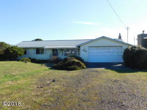 1725 NW Canal St, Waldport, OR 97394 - Front