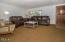 1616 NW 21st St, Lincoln City, OR 97367 - Living Room