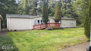 1730 SE Keiski Ln, Waldport, OR 97394