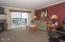 890 SE Bay Blvd, 311, Newport, OR 97365 - Living room - View 2