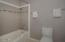 2645 SW Anchor Ave., Lincoln City, OR 97367 - Main Level Master Bathroom
