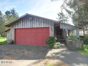 799 NW Estate Pl, Seal Rock, OR 97376