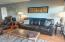 1000 SE Bay Blvd, F-10,138, Newport, OR 97365 - Living Room